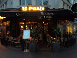 Le Paris Cafe