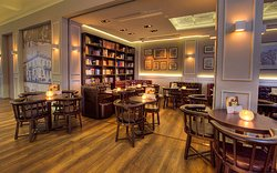 Mollini Cafe & Bistrot