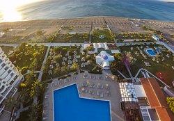 Pegasos Deluxe Beach Hotel
