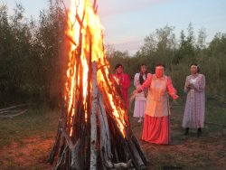 Closing Friendship ceremony on the banks of the Lena River