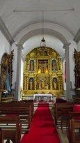 Detalle interior y altar mayor