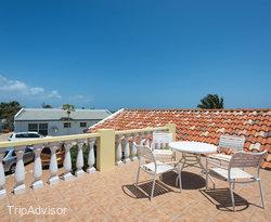 Rooftop Terrace at the Aruba Cunucu Residence