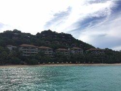 進出飯店的碼頭景觀