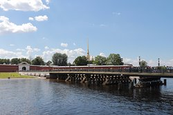 Ioannovskiy Bridge