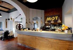 MOT Bistrot Restaurant