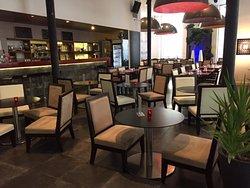salon de thé, ambiance musicale douce, cosy et connection wifi !