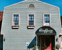 The RiverStone Inn