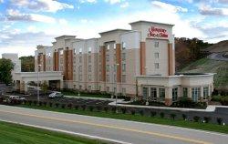 Hampton Inn & Suites Pittsburgh-Meadow Lands
