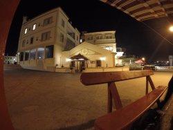 Manel Bar