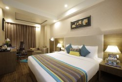 Golden Tulip Suites Gurgaon