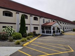All Seasons Inn & Suites - Bourne