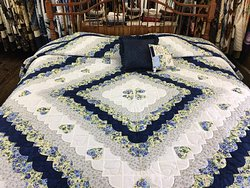 Log Cabin Quilt Shop & Fabrics