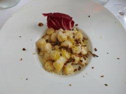 Squisiti gnocchi con formaggio e tartufo