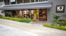 KJ Art shop & Coffee