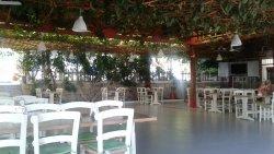 Зеленый уютный отель.