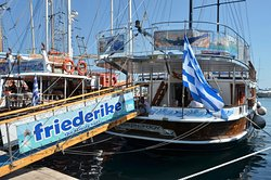 Friederike Boat Daily Cruises