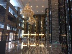 Qiankun Business Hotel