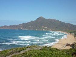 Una vista de la costa
