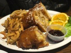 Wings & Cheese Fries - Yum!