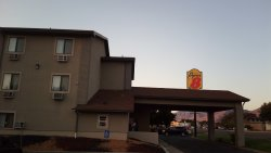 Logan Super 8 Motel