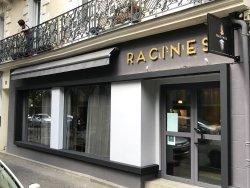 la façade du restaurant RACINES
