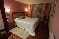Guest room at Hospederia del Vino.