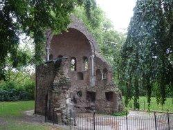 Rijksmonument Barbarossa-ruine of ruine apsis Sint-Maartenskapel