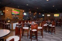 Packy's Sports Bar & Restaurant