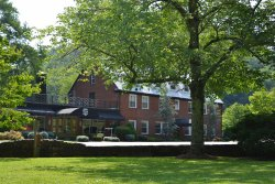 Historic Tapoco Lodge Resort