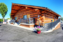 Notaras Lodge Cabin Building C