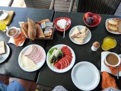 break-feast