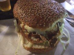 Hamburger enormi e buonissimi!!