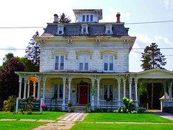 Marble Mansion Inn