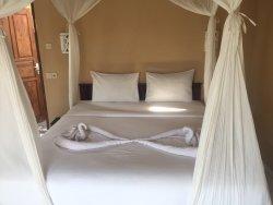 White Sandy Beach Resort