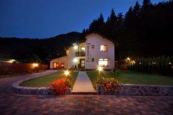Casa Moldavia Best