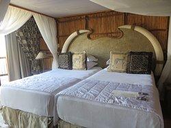 Mkuze Falls Lodge