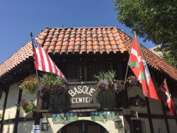 Basque Museum & Cultural Center