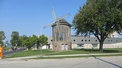 Sandwich Windmill at Mill Park