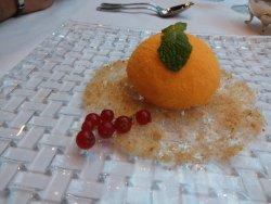 Pulpo a la brasa, arroz con bogavante y falsa naranja