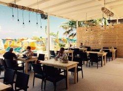 Deja Vu Beach Bar Restaurant