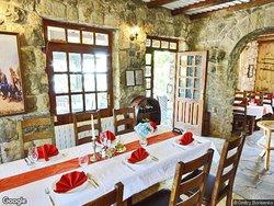 Belveder Nacionalni Restoran