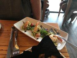 prawns with avocado
