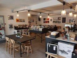 Gatefold Record Lounge