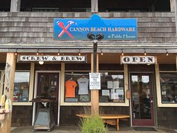 Cannon Beach Hardware & Public House