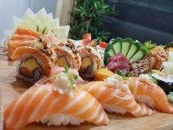 Himitsu Sushi Bar