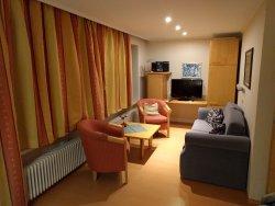 Herrliche Lage nahe am See, tolle Gastgeber und nette Wohnung