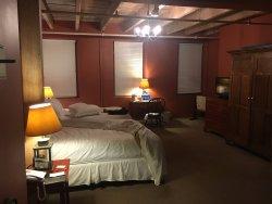 Room #302 (Top Floor)
