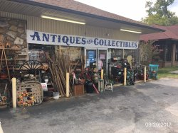 Parkway Antiques & Collectibles