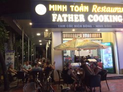 Minh Toan Restaurant Father Cooking