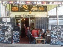 Quechua's Cafe Restaurante